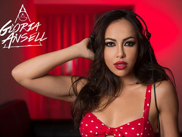 DJ-Gloria-Ansell
