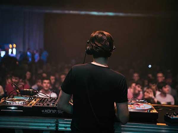 DJ-Renart