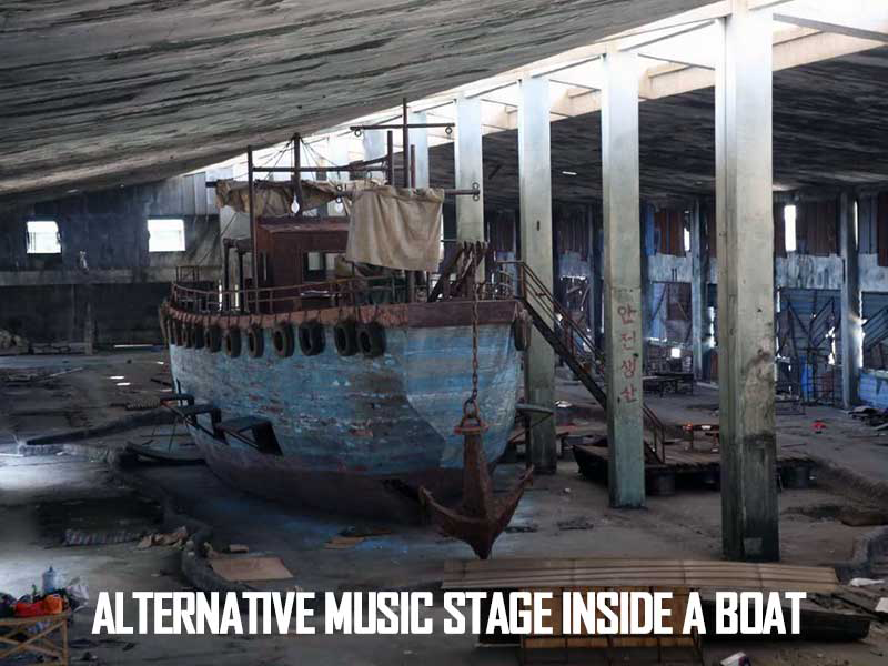 venue-boat-stage